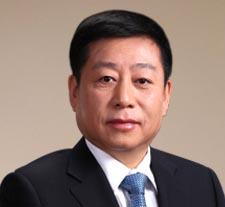 顾岩:集团董事长